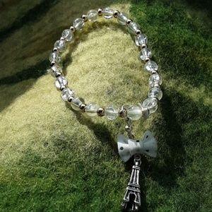 Jewelry - Beaded Eiffel tower necklace